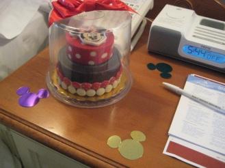 Minnie cake made of chocolate