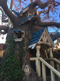 Chip n Dale Treehouse in Mickey's ToonTown